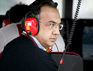 Marchionne listening the drivers